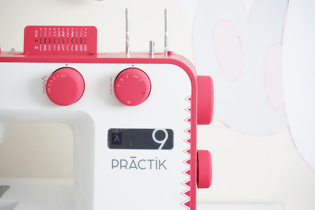 unboxing maquina de coser alfa practik 9 port 03