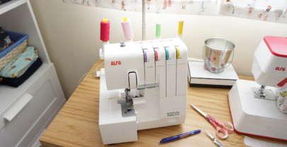 Iniciación a la costura – Cómo controlar la tensión del hilo en la overlock